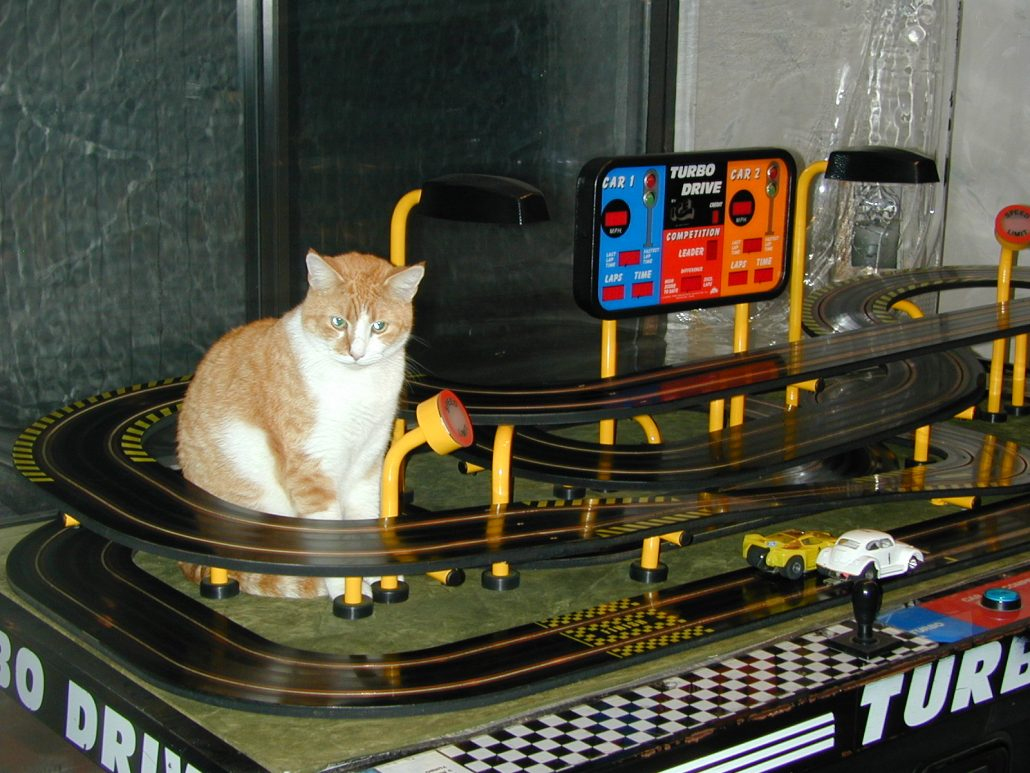 accessorizing your vintage glass buy your own race track turbo drive slot car arcade undiscovered classics race track turbo drive slot car arcade
