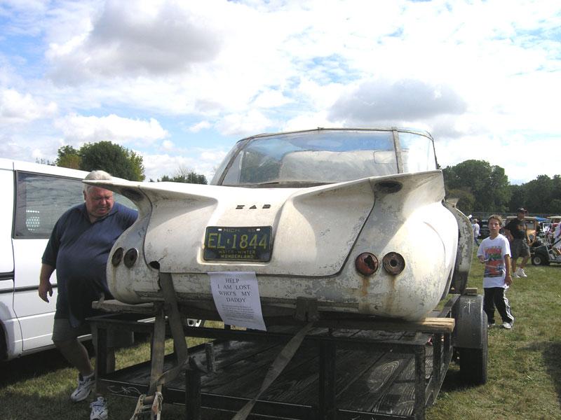 """Meet The 1960 """"Zar Car"""" - A New Canadian Fiberglass Car Emerges From ..."""